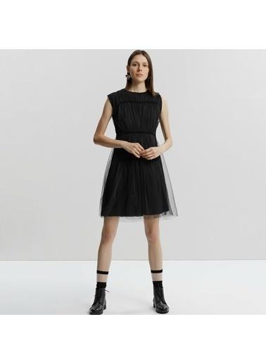 Yargıcı Elbise Siyah